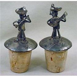 PAIR OF 2 VINTAGE MEXICAN MUSICIANS FIGURAL BOTTLE