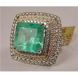 14K WHITE GOLD LADIES DIAMOND AND EMERALD RING - C