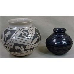 LOT OF 2 PCS. INDIAN POTTERY - BOTH SIGNED - Gray
