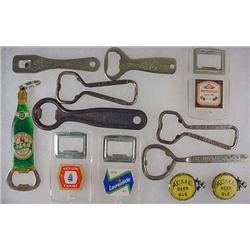 LOT OF VINTAGE BEER ADVERTISING ITEMS - Incl. Bott