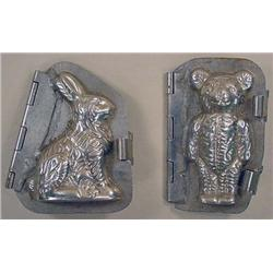 LOT OF 2 VINTAGE ICE CREAM MOLDS - BEAR AND BUNNY