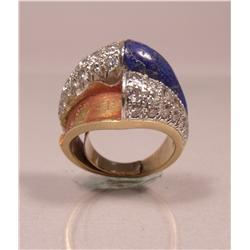 A Van Cleef and Arpels 18 kt Yellow Gold, Lapis Lazuli and Diamond Ring,