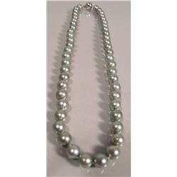 A Single Strand of Tahitian Grey with Pink Overtone Pearl Necklace, 8mm,