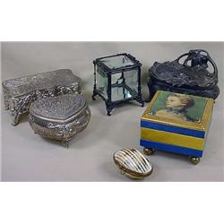 LOT OF JEWELRY BOXES - INCL. VINTAGE - 1 Francois