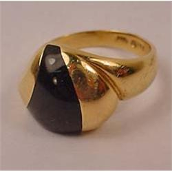 GOLD AND BLACK ONYX LADIES RING - Consignor states
