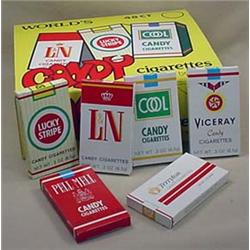 STORE DISPLAY BOX OF VINTAGE CANDY CIGARETTES - FU