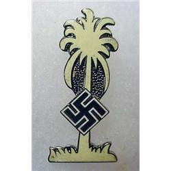 WW2 GERMAN NAZI ENAMELED PINBACK - SWASTICA ON PAL
