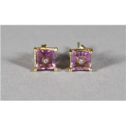 A Pair of 18 kt Yellow Gold and Natural Untreated Square Cut Amethyst Earrings,