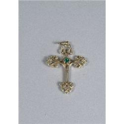 A 14 kt Yellow Gold Emerald Cross Pendant.