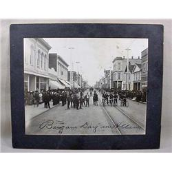 Early Mounted Photo Of Albany, Oregon Street Scene