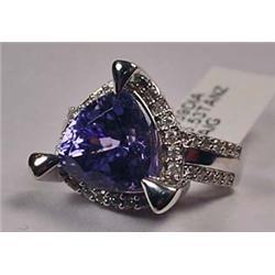 14K White Gold Ladies Tanzanite And Diamond Ring -