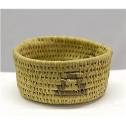 Hopi Miniature 2 Tone Basket