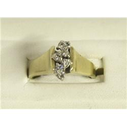 14Kt Gold Diamond Ring Size 9