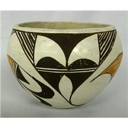 1950 Acoma Bowl With Bird Design