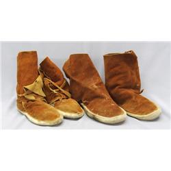 2 Pr Navajo Child's Moccasin Boots
