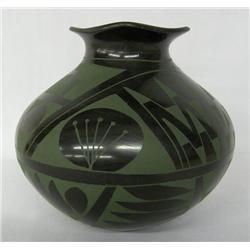 Mata Ortiz Green on Black Jar by M Villa Pando