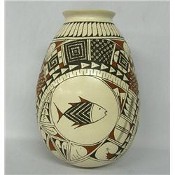 Mata Ortiz Pottery Jar by Rosa Gaona