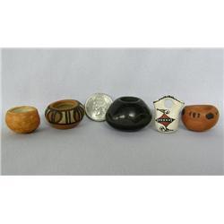5 Miniature Pueblo Pottery