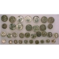 10 DOLLARS FACE VALUE IN US SILVER COINS - 90%  19