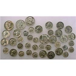 8 DOLLARS FACE VALUE IN US SILVER COINS - 90%  196