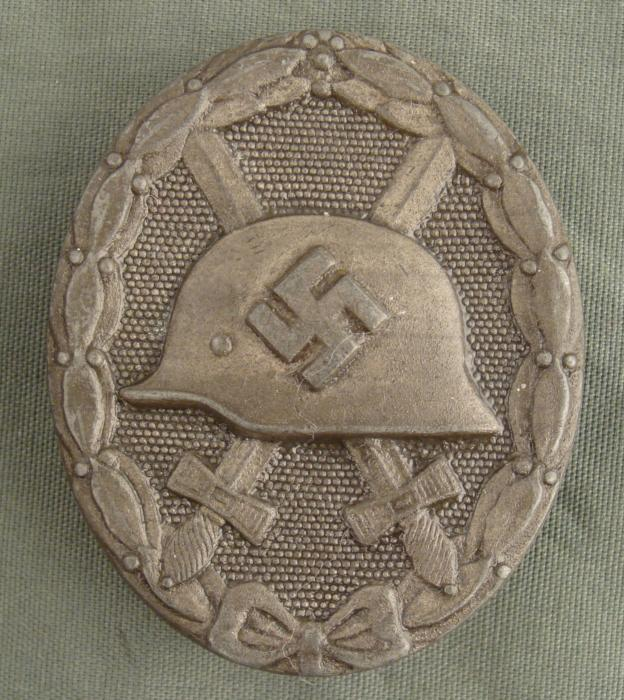 ORIGINAL NAZI SILVER WOUND BADGE- MAKER MARKED 30
