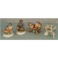 4 Vintage Porcelain Bird Figurines Lefton KW1637