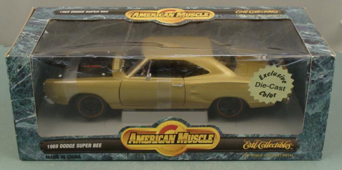 ERTL 1969 Dodge Super Bee 1:18 American Muscle Car MIB