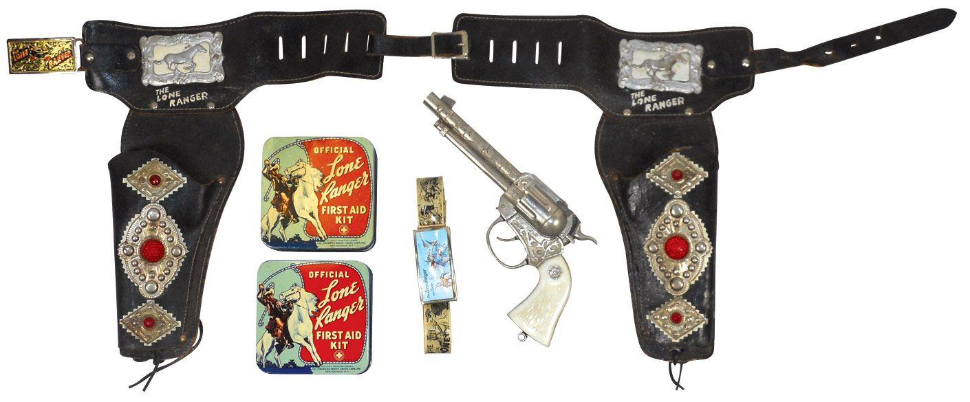 Lone Ranger items, double leather holster w/1 Lone Ranger gun (old style  w/loop), Lone Ranger plasti