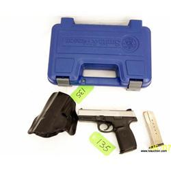 Smith & Wesson SW40VE .40 semi auto pistol