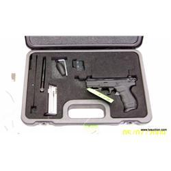 Walther P22 Semi Auto .22 Pistol w/Accs