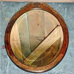 VINTAGE OVAL BEVELED GLASS MIRROR IN WOODEN FRAME