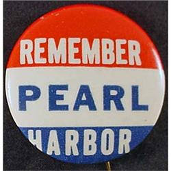 C. 1940'S WW2 REMEMBER PEARL HARBOR CELLULOID PINB
