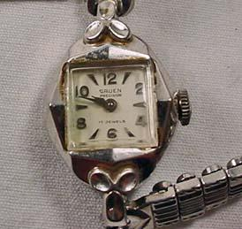 vintage gruen 17 jewels ladies wrist watch
