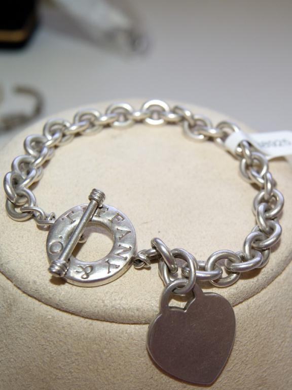 8c191e16a New York Ladies Bracelet · Image 2 : Tiffany & Co. New York Ladies Bracelet