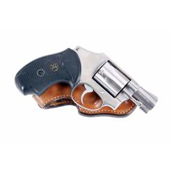 Smith & Wesson Mdl 640 Cal .38sp SN:BKB2897, Double action 5 shot concealed carry revolver. Stainles