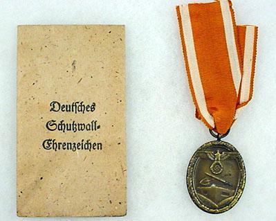 WW2 GERMAN NAZI WEST WALL MEDAL W/ RIBBON AND ORIG
