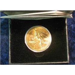 332. 1776-1976 National Bicentennial Medal in original case. Depicts Statue of Liberty.