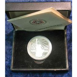 333. Silver 1776-1976 National Bicentennial Medal in original case. Depicts Statue of Liberty.