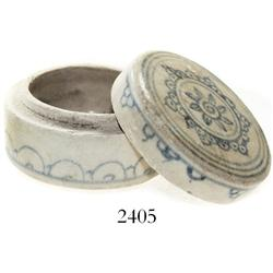 Small, cylindrical, lidded powder-box, Chinese blue-on-white porcelain.