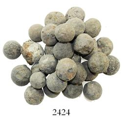 Lot of 30 lead musketballs.