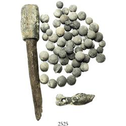 Lot of lead artifacts: 2 steelyard weights in the form of a fish and hammer(?); 57 lead musketballs,