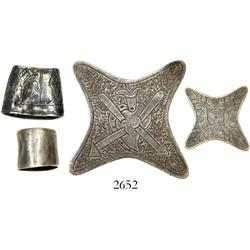 Lot of various silver items (x-shaped badge, open-tip thimble, tiny cup), Spanish colonial (1600s-17