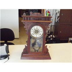 ANTIQUE AMERICAN WM.L.GILBERT TABLE MANTEL CLOCK
