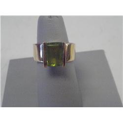 Peridot 14K Gold Ring, 6.6 Grams 14K Gold