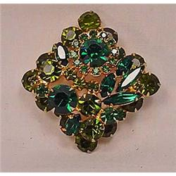 VINTAGE COSTUME JEWELRY GREEN RHINESTONE BROOCH -
