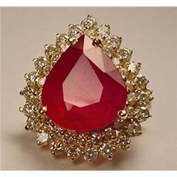 14K GOLD LADIES RUBY AND DIAMOND RING - SIZE 7 - C