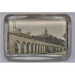 ANTIQUE GLASS PHOTO PAPERWEIGHT OF WISCONSIN STATE