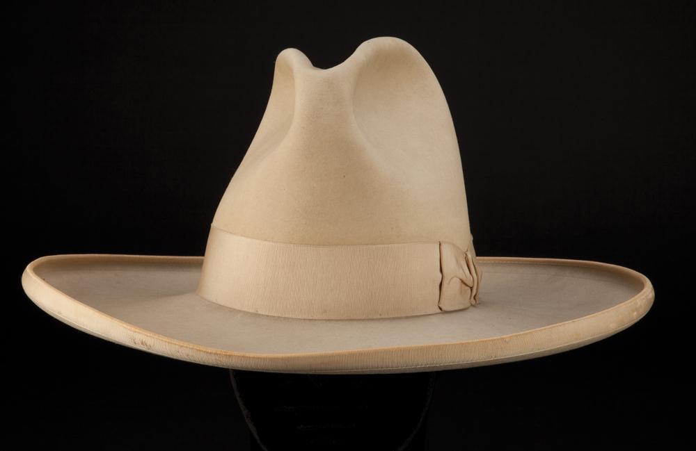 84212c9f2d3b9 Image 1   Tom Mix signature custom-made cowboy hat with extensive  provenance ...