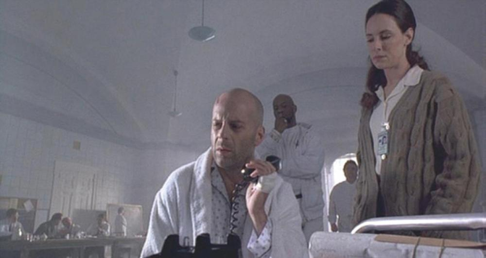 "Bruce Willis ""James Cole"" sanitarium pajamas from 12 Monkeys"