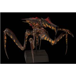 """Starship Troopers six painted bug maquettes including """"Larva"""""""